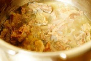 豚なんこつ塩煮込み 調理